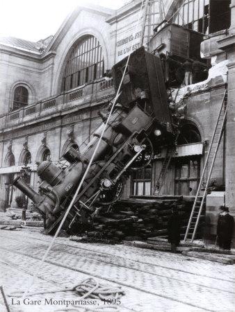 train-accident-at-the-gare-montparnasse-paris-1895