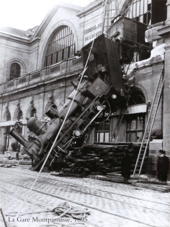 train-accident-at-the-gare-montparnasse-paris-1895