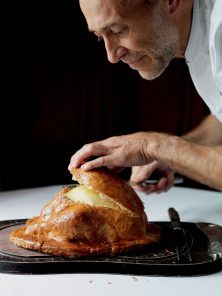 Michel-Roux-Jr-chicken-salt-768x1024