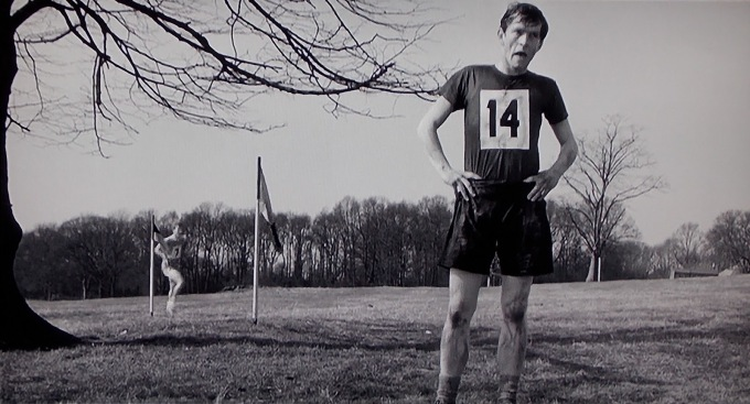loneliness-of-the-long-distance-runner-colin-stops-racing-courtenay-002.jpg