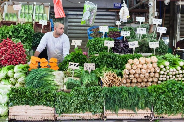 4-TelAviv-carmel-market.jpg